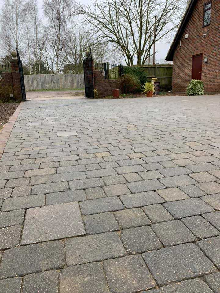 driveway cleaning services huntingdon