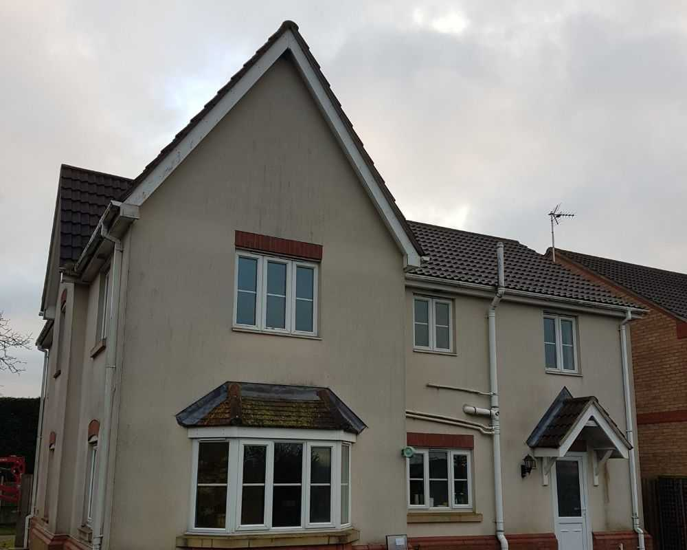 render cleaning ely