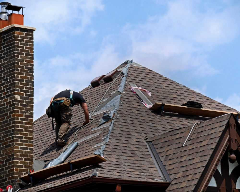 roof repairs ely